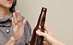 Как семья может предотвратить увлечение подростка сигаретами, алкоголем или наркотиками